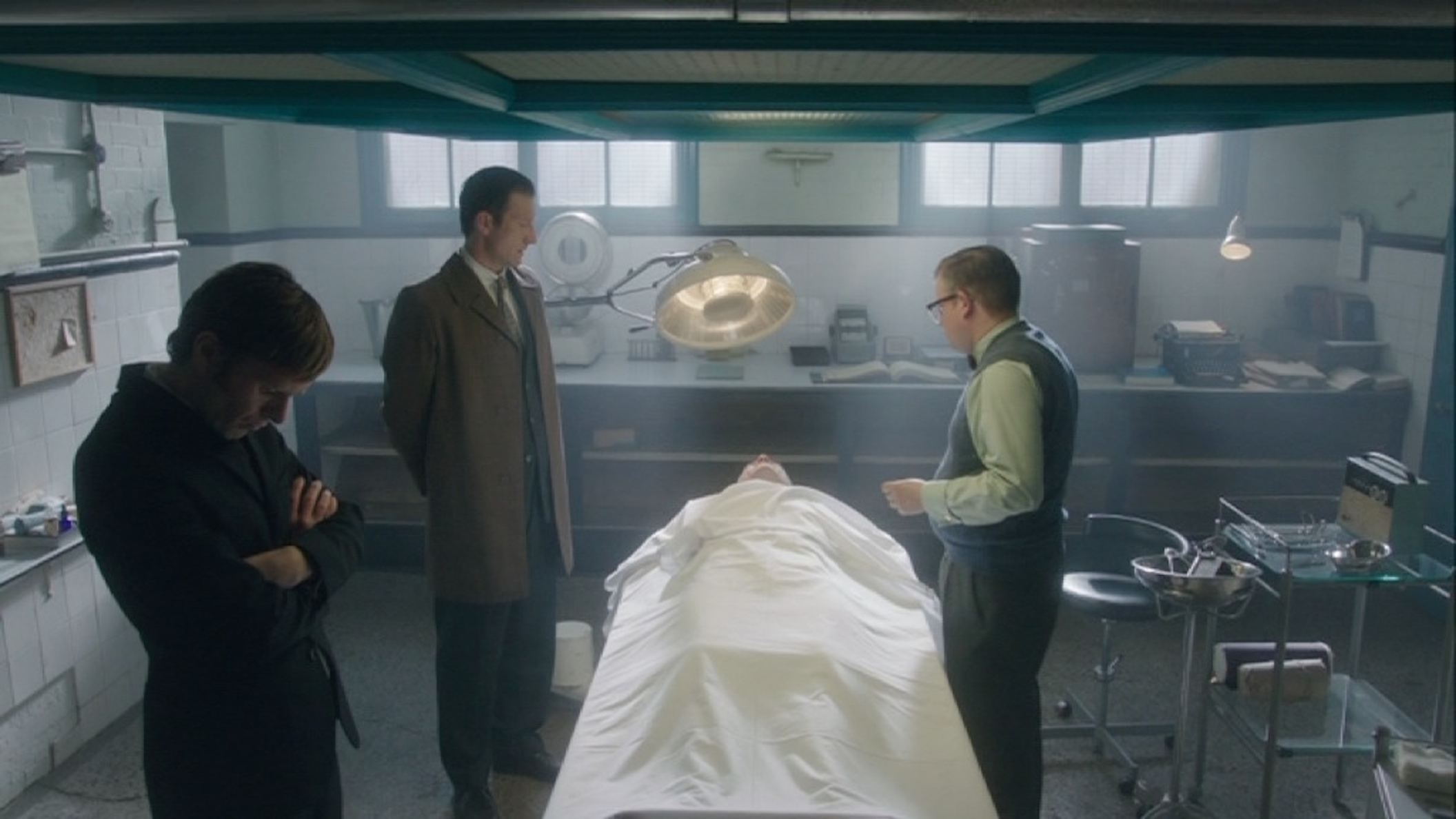 ENDEAVOUR SERIES ONE : MORTUARY SET