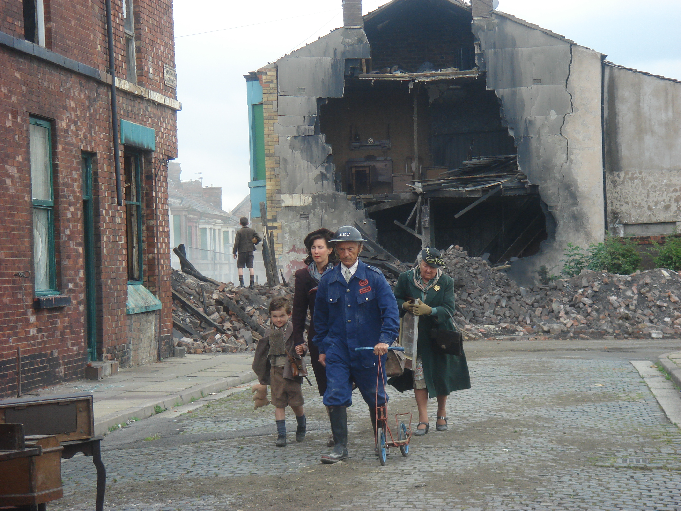 HOVIS COMMERCIAL : THE BLITZ : LIVERPOOL